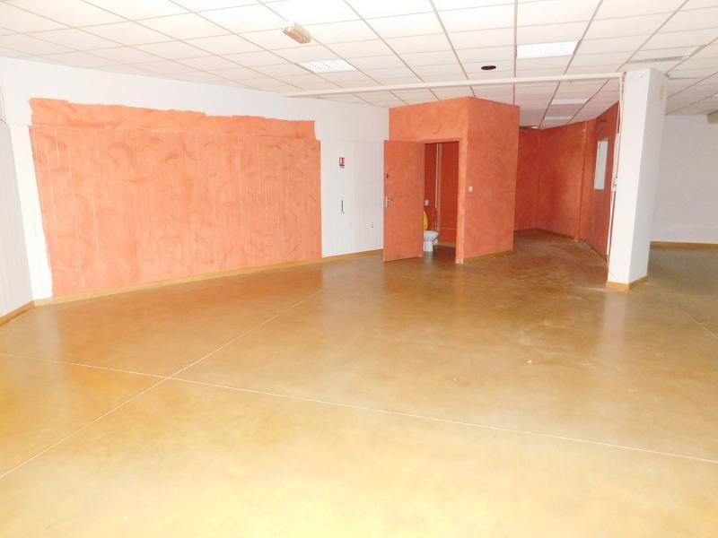 Location Immobilier Professionnel Local commercial Saint-Jean-de-Védas (34430)
