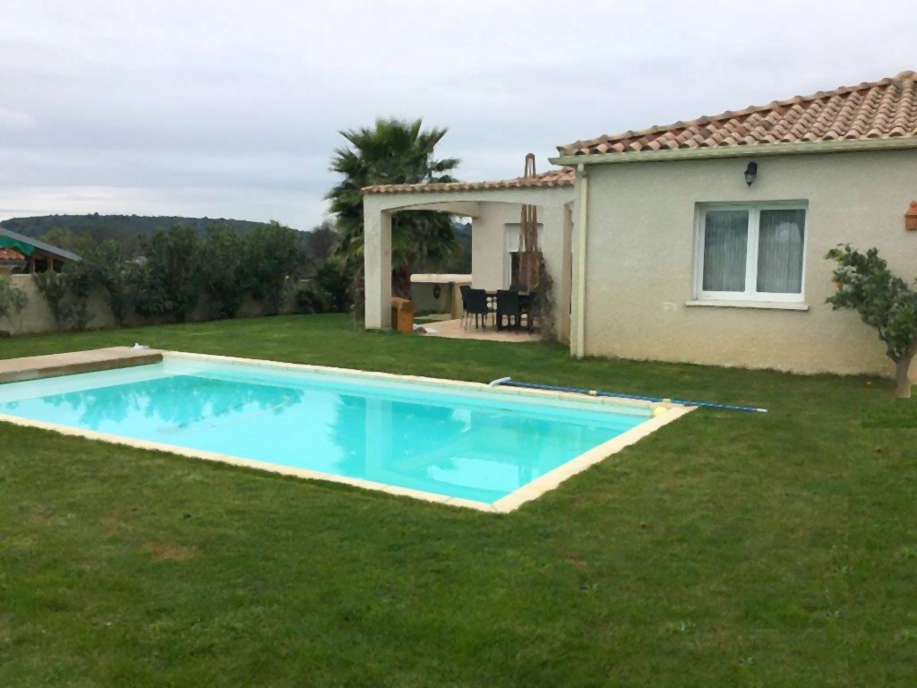 Vente proche pezenas villa t5 de 125 m avec piscine - Pezenas piscine ...