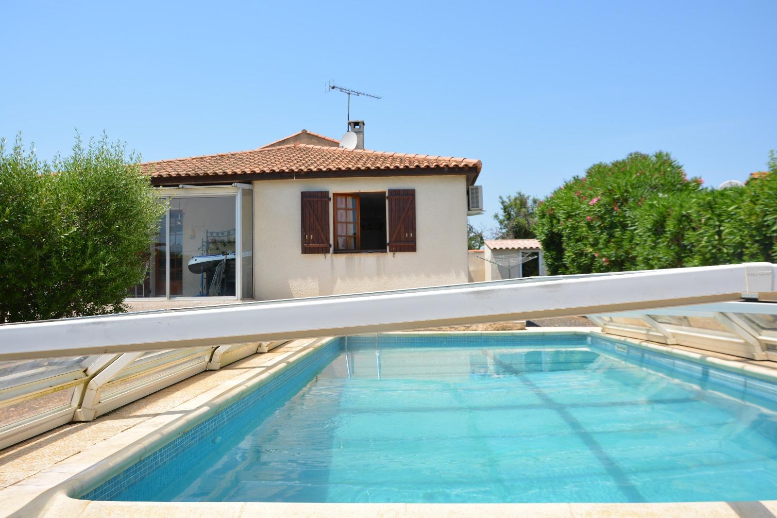 Location de vacances Villa Bessan (34550)