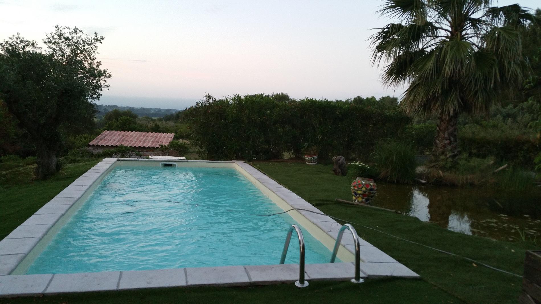 Vente pezenas batisse atypique avec piscine bassin naturel spa 3 suites parentales - Pezenas piscine ...